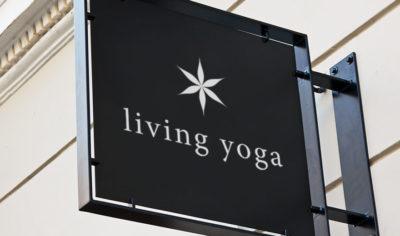 Living Yoga identitet